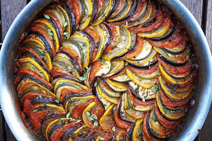 Legume la cuptor gratinate - https://depozitulderetete.ro/legume-la-cuptor-gratinate/