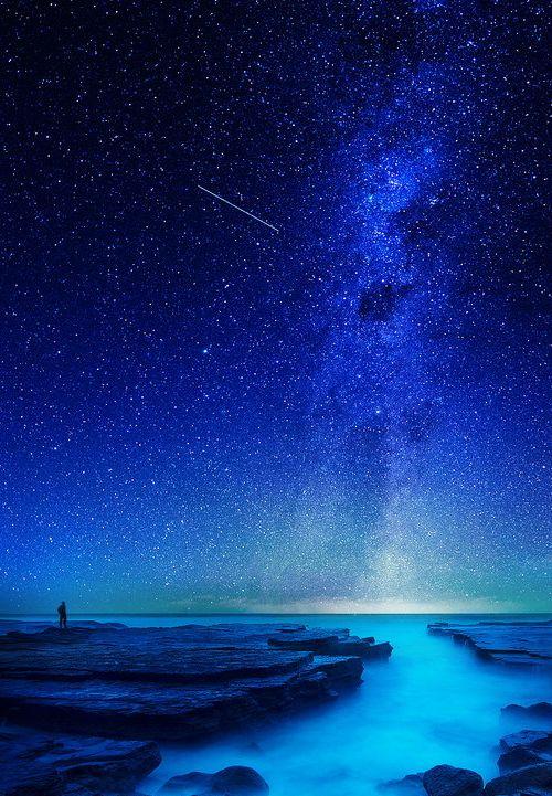 Blue all around!    sky     night sky     nature      amazingnature    #nature #amazingnature  https://biopop.com/