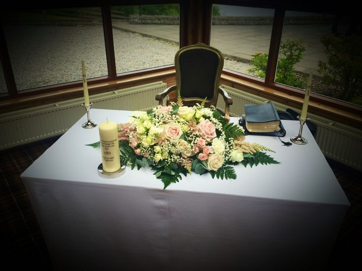 Beautiful textured table centre