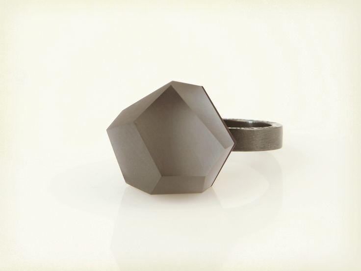Vu - anthracite grey, ruthenium ring - =PYO=