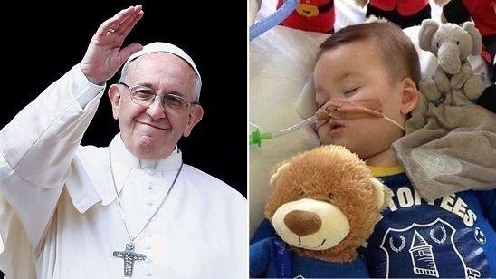 L'appello disperato di Papa Francesco per il piccolo Alfie e la sua famiglia: 'Fare tutto il possibile'