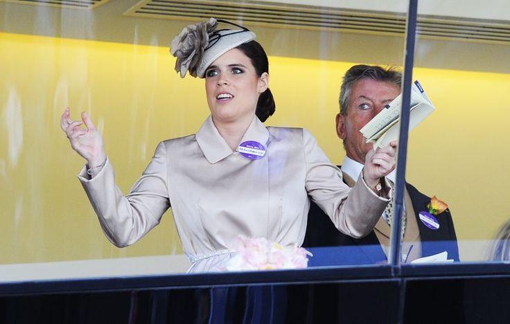 En omhoog met die handjes! Prinses Eugenie brengt ook op Ascot de stemming er leuk in © Stuart C. Wilson / Getty Images