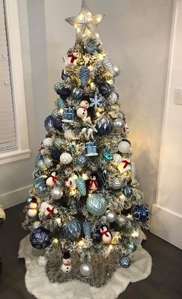 what a beautiful tree with different sizes of shatterproof ornament krogerfred meyer stores shatterproof ornaments bring up your tree pinterest - Fred Meyer Christmas Trees