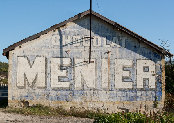 Ghost Sign : Chocolat Menier