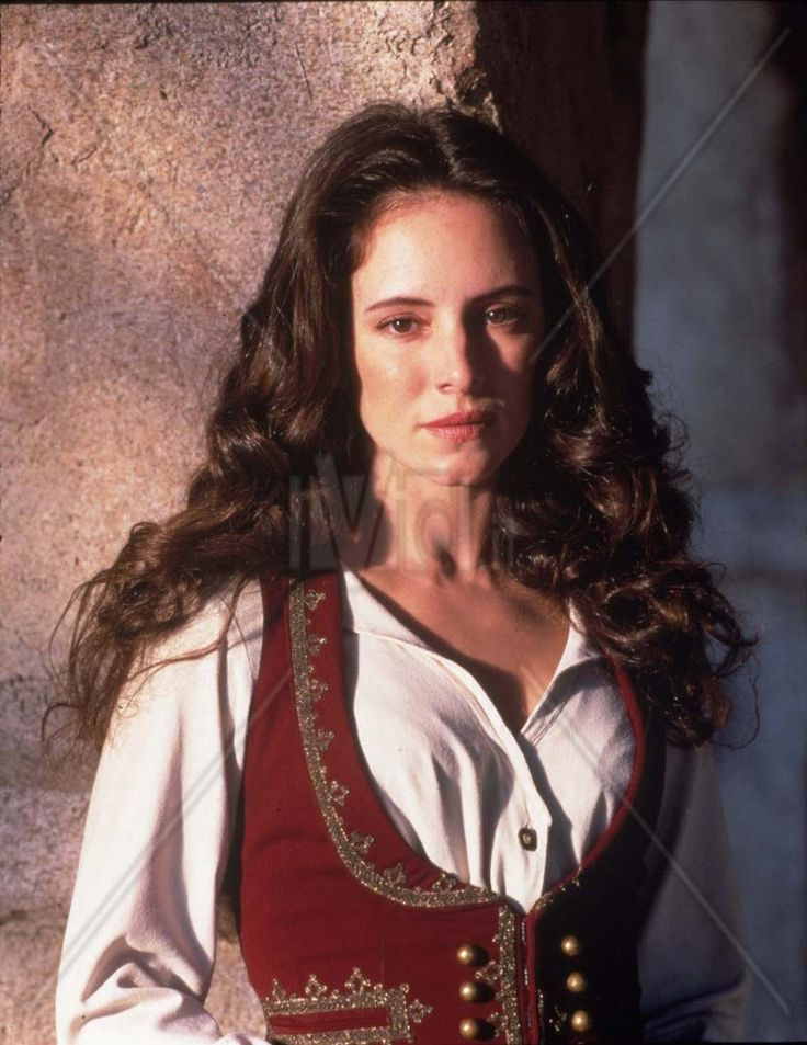 stowe girls Madeleine stowe was born in los angeles, california, to mireya maria (mora steinvorth) and robert alfred stowe, a civil engineer her mother was a.