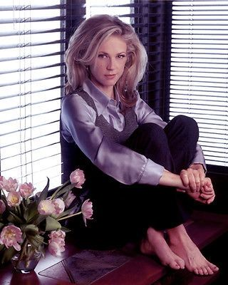 In 1979, Ally Walker graduated from St. Michael's High School in Santa Fe, New Mexico.