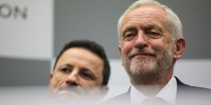 Jeremy Corbyn appelle Theresa May à démissionner après son recul aux législatives