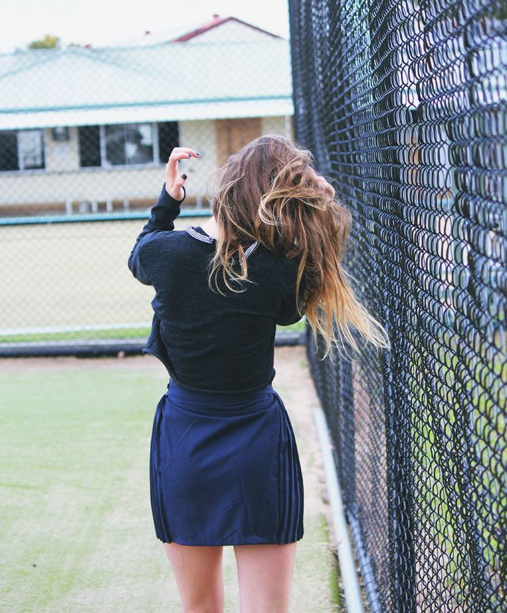 let's go down to the tennis court