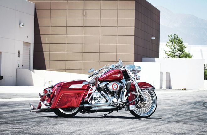 2010-harley-davidson-road-king-side-profile2