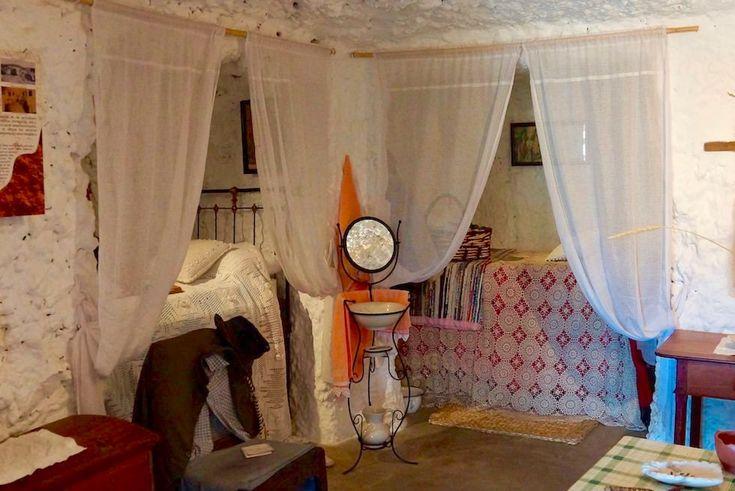 Artenara - Museum: traditionelles Schlafzimmer in den Höhlenhäusern - Gran Canaria