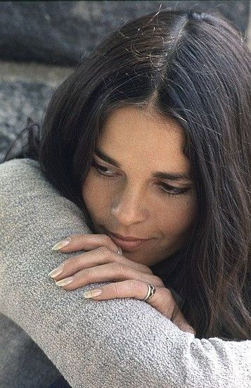 ALI MACGRAW - played in Love Story, Getaway, Convoy, Players....etc.....