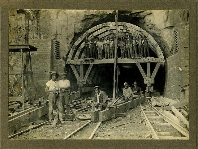 19 Men, Glenbrook Tunnell Deviation 1911