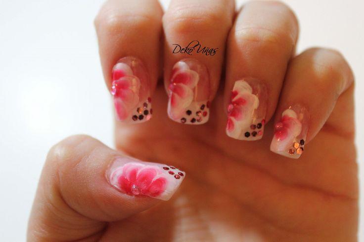 Decoracion de uñas con flores / One stroke flowers nail art