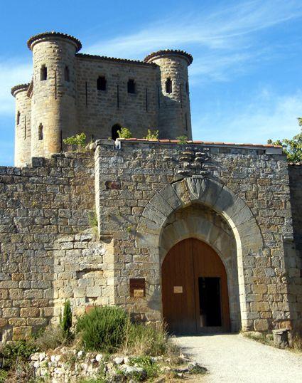 Chateau d 'Arques SITUÉ sur la commune d'Arques, Aude département, Languedoc Roussillon, France