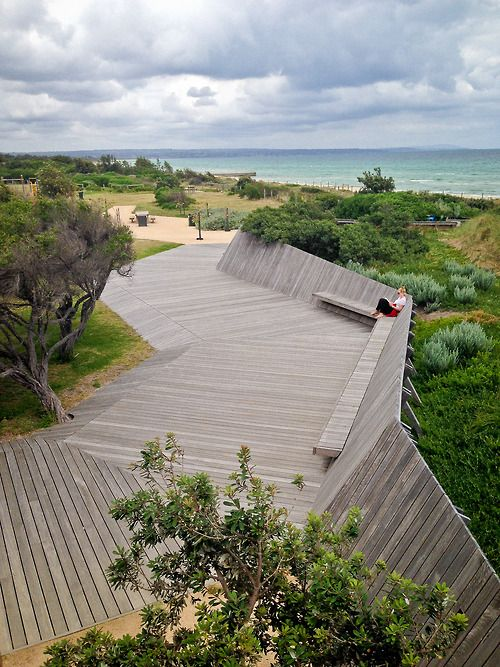 Keast Park / Carrum Bowling Club, Frankston, Victoria - (Site Office Landscape Architects, 2012)