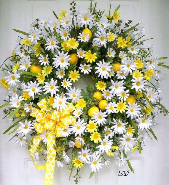 Summer Wreath-Daisy Wreath-When Life Gives You by SeasonalWreaths