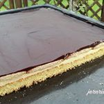 LPG cake a recipe from GDR times with buttercream in brandy-soaked biscuit …  – Rezepte
