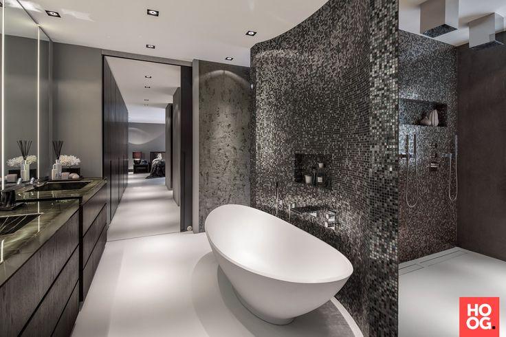 Van Boven - Luxe badkamer met Sicis mozaïek - Hoog ■ Exclusieve woon- en tuin inspiratie.