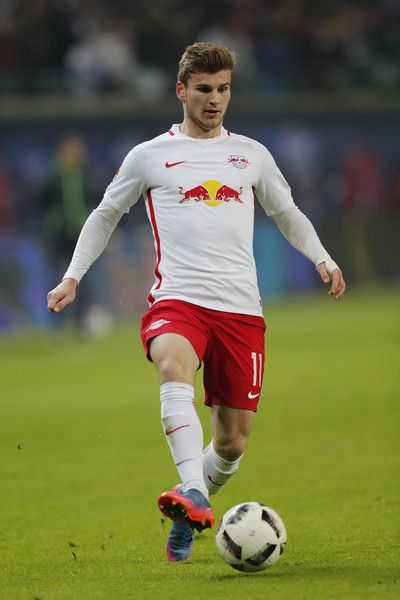 Timo Werner of RB Leipzig runs with the ball during the Bundesliga match between RB Leipzig and TSG 1899 Hoffenheim at Red Bull Arena on January 28, 2017 in Leipzig, Germany.