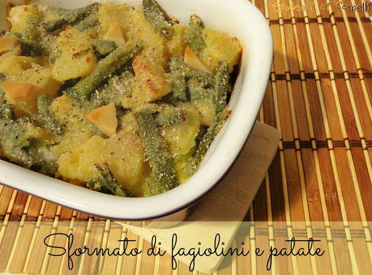 Lo sformato di fagiolini e patate è un secondo piatto gustoso e molto semplice. Ricetta ideale per consumare i fagiolini di stagione. Fagiolini e patate..