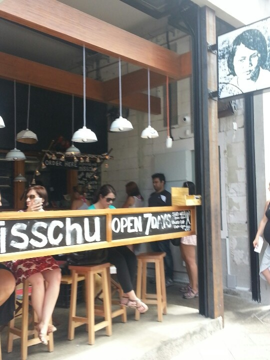 Misschu - funky & the most delicious rice paper rolls around!
