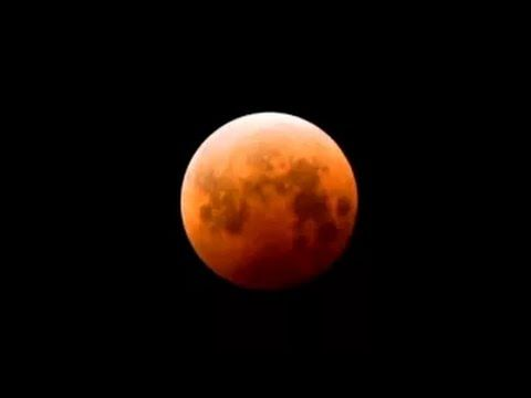 ▶ Moon Time-lapse over San Francisco - YouTube