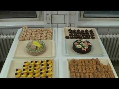 Výroba zákusků a dortů II - YouTube