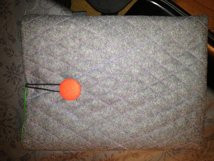 Quiltet IPad sleeve i kraftig filt
