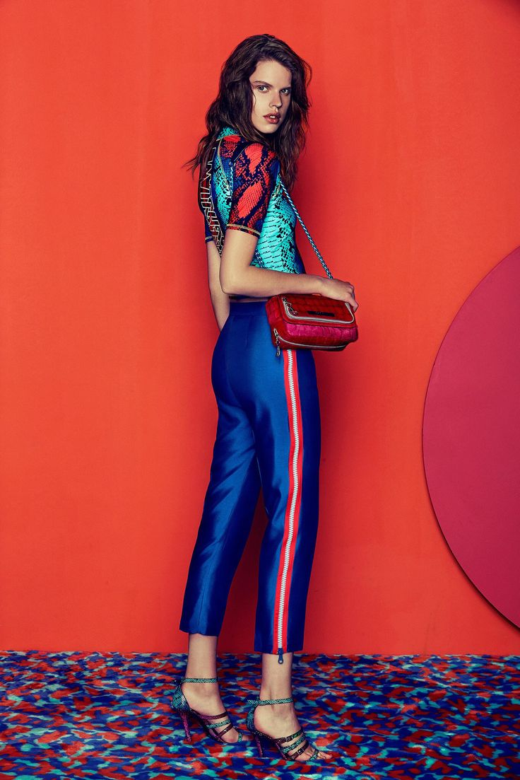 See the complete House of Holland Resort 2015 collection.