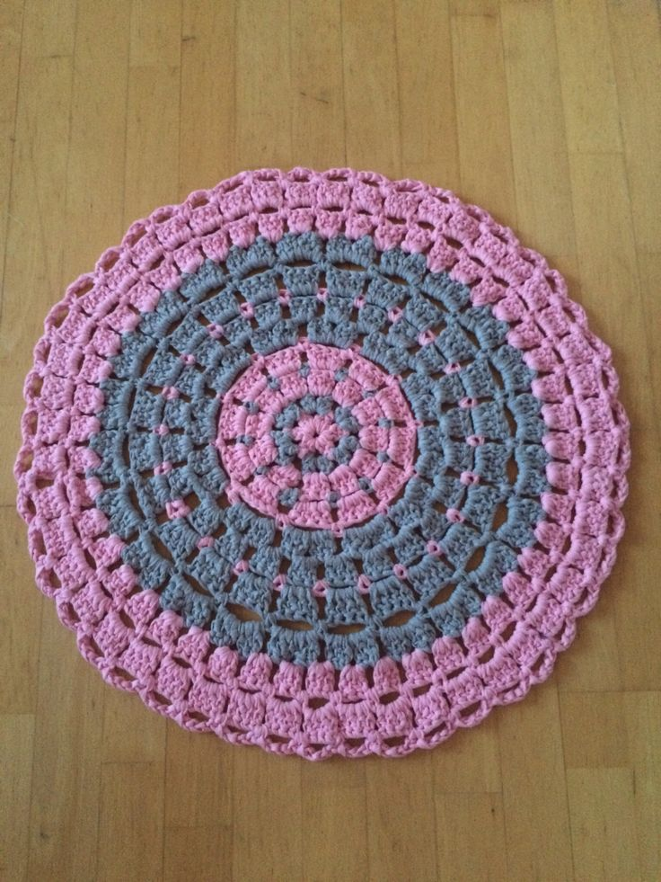 Pink Crochet Rug - Grey and pink Round Rug - Crochet Floor Rug - Cotton Rag Rug - Zpagetti Crochet Rug by Handmadebyadina on Etsy