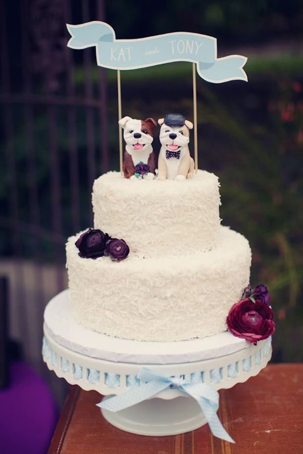 21 Creative Wedding Cake Toppers for the Romantics | weddingsonline