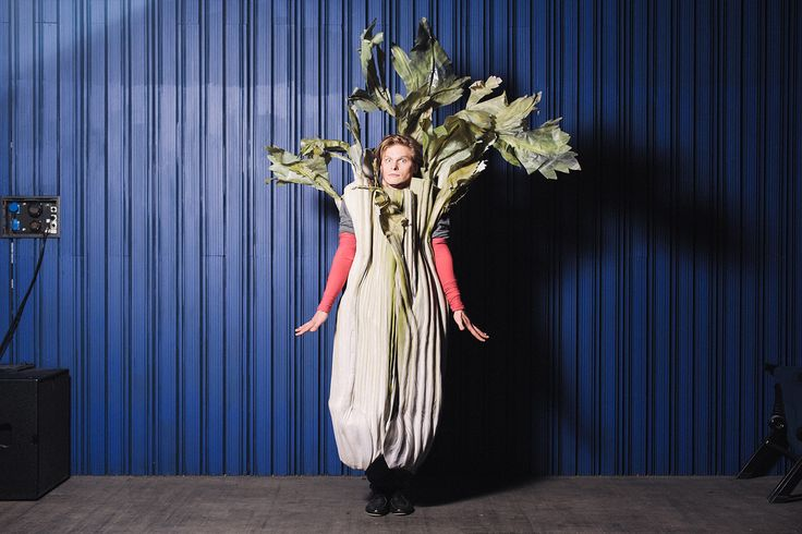 A theatre actor who plays a part of celery in a kids' play