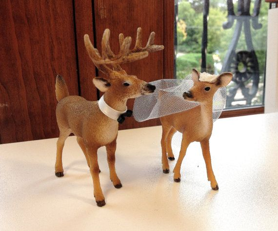 This listing is for 2 piece wedding cake topper would be the perfect addition to any rustic/woodland themed wedding. Two white tailed deer, the