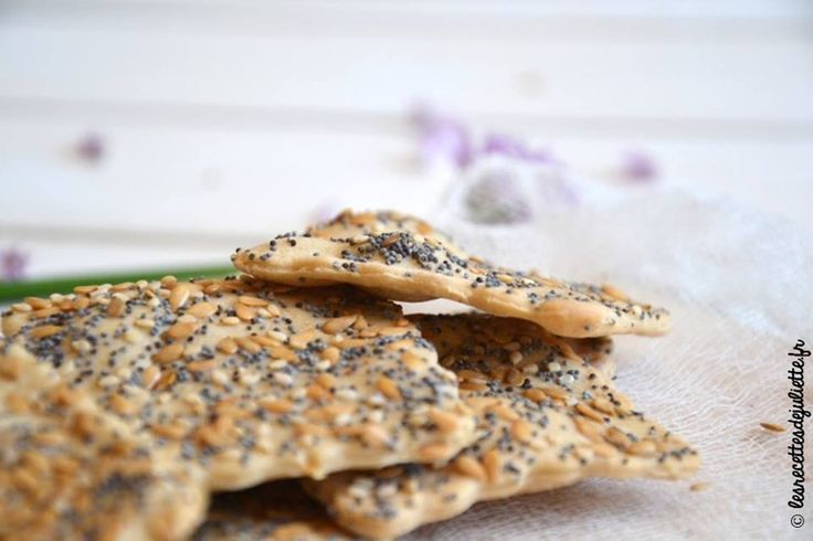 Ce soir pour l'apéritif, on fait nous-même nos crackers à l'épeautre :) => http://ow.ly/kpXP308l7k6