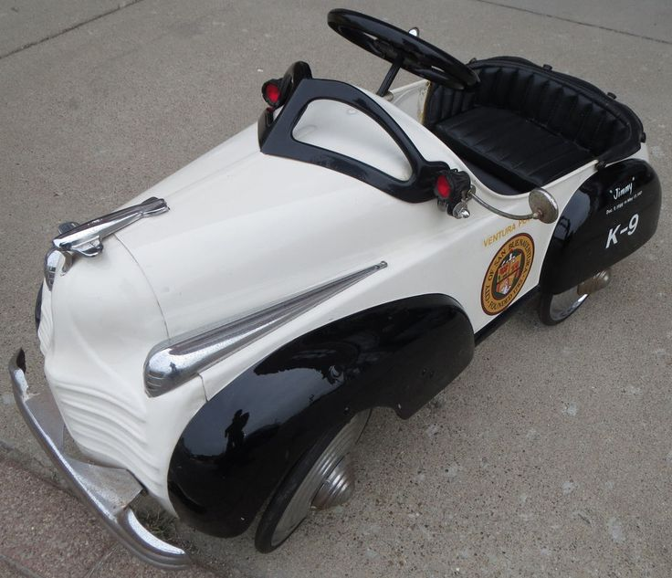amazing 1941 chrysler k 9 unit dea police toy pedal car with moveable mirror