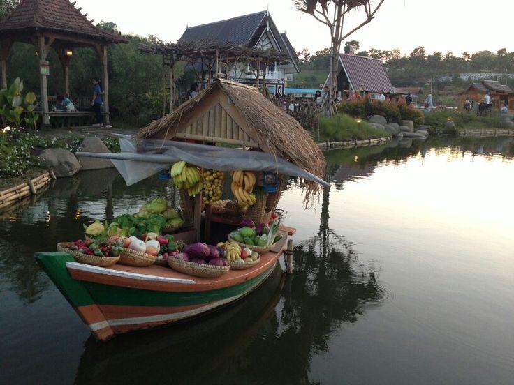 Floating Market, Bandung, Indonesia