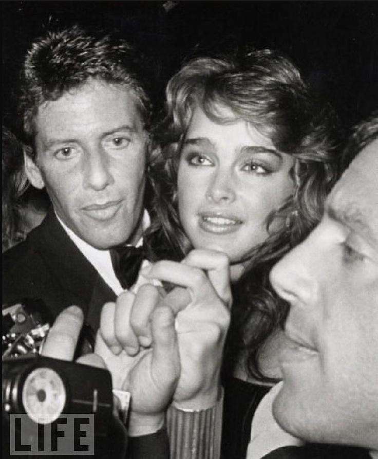 Calvin Klein, Brooke Shields & Steve Rubell at Studio 54  Brooke Shields was really pretty when she was young..