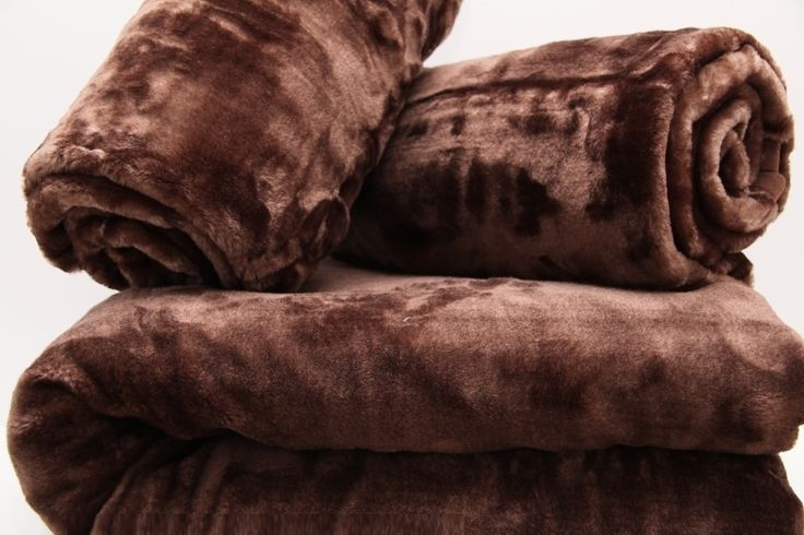 Narzuty brązowe na kanapę i fotel