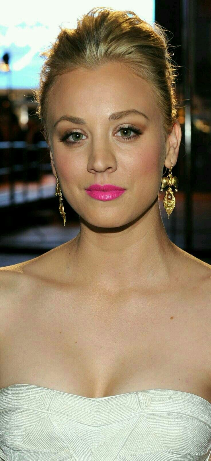 186 best b - kaley cuoco images on pinterest   kaley cuoco, bangs