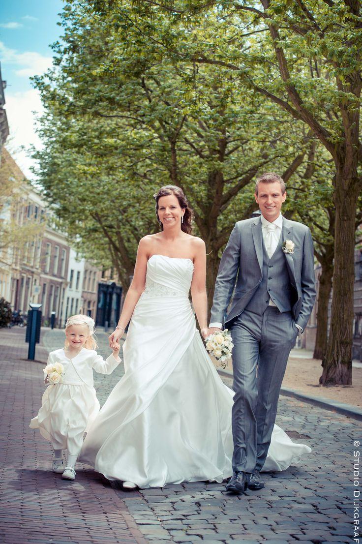 Trouwfoto bruidspaar Leiden centrum