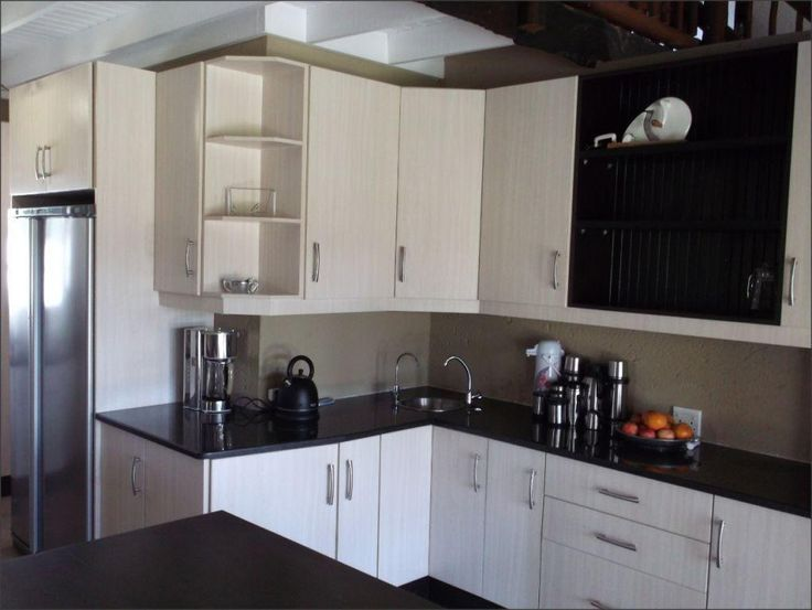 A balsa melamine kitchen kitchens pinterest kitchens for Melamine kitchen designs