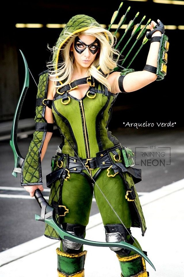 Cosplays de Heróis e Vilões Masculinos em versões Femininas (Arqueiro Verde)