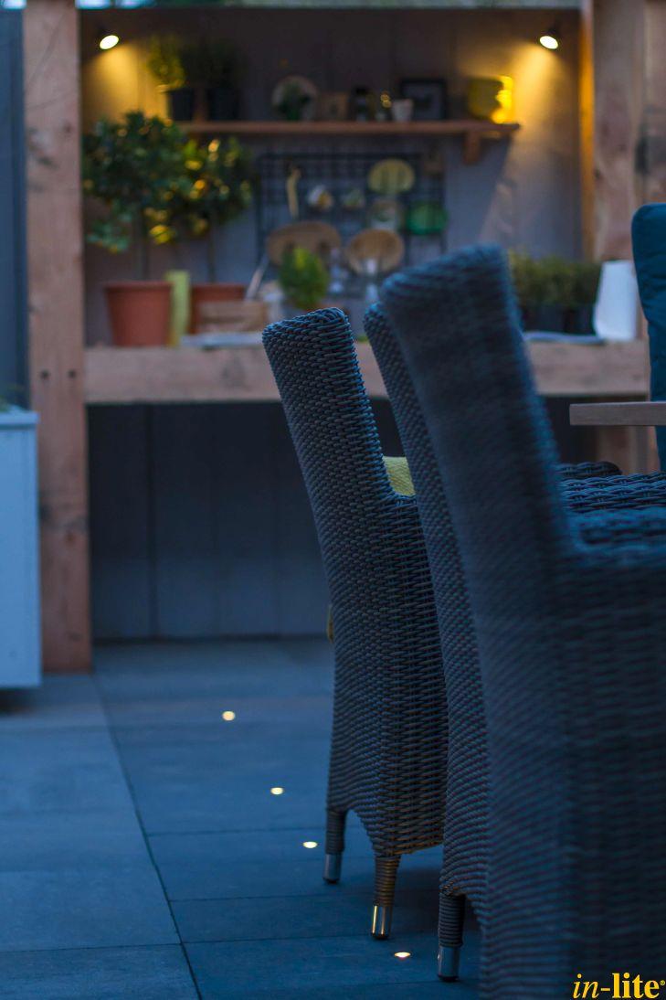 Sfeervol buitenleven | Terras | Buitenkeuken | Kruidentuin | Buitenspot MINI SCOPE | Tuinverlichting 12V | Grondspot FUSION 22 | Outdoor lighting