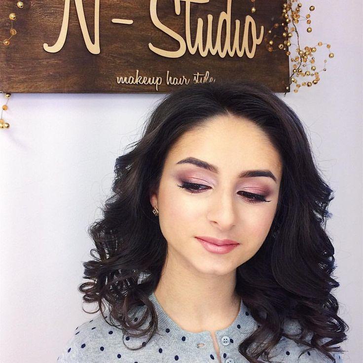 N-Studio make-up and style studio Візажист та майстер зачісок Олена Нечипорук http://paramoloda.ua/olena-nechyporuk #nstudio #makeup & #hairstyle #makeupbynstudio #парамолода #тернопіль #макіяж
