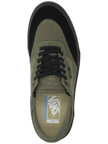 Vans Gilbert Crockett 2 Pro Skate Shoes Quick and easy ordering in the Blue Tomato online shop . The Vans Gilbert Crockett 2 Pro Skate Shoes.