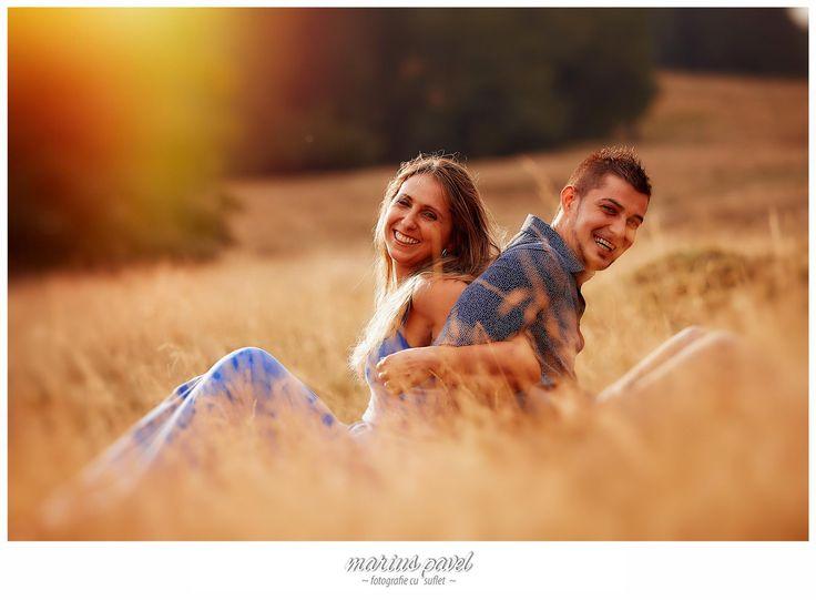 Cu fix o saptamana inaintea nuntii, Dana si Vali si-au gasit timp intr-o dupa amiaza calduroasa de august sa faca impreuna cu noi sedinta foto dinaintea nuntii