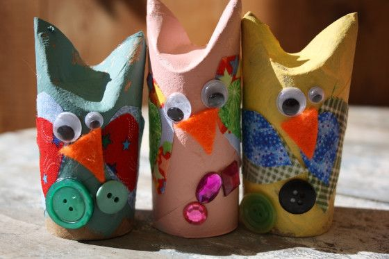 adorable owls - happy hooligans - toilet roll and fabric scrap owls