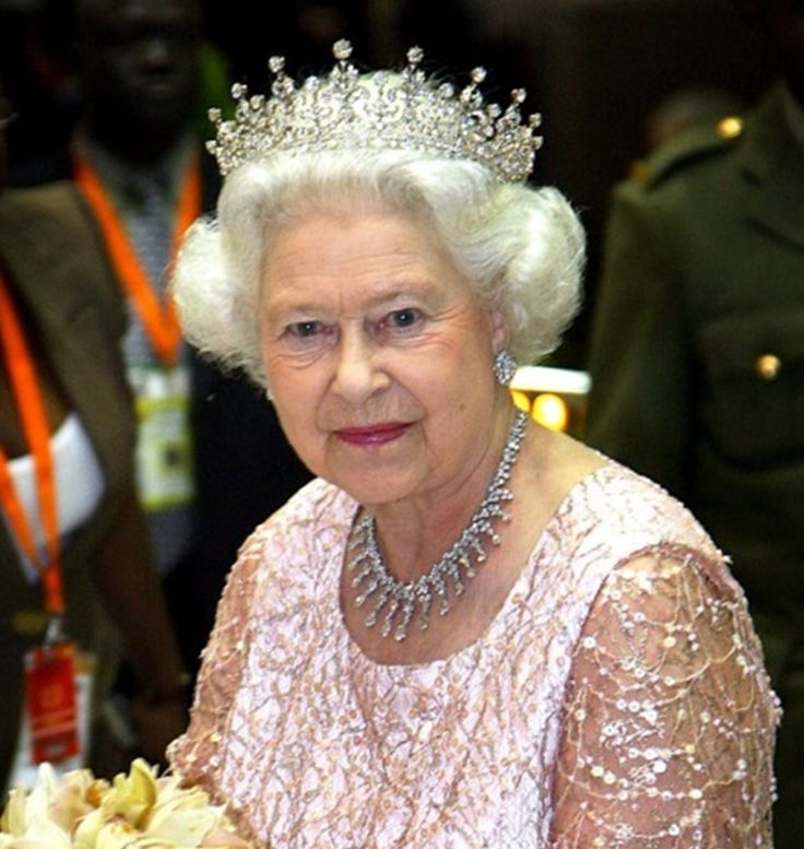 November 22, 2007 Queen Elizabeth II at a State Banquet at State House in Entebbe, Uganda