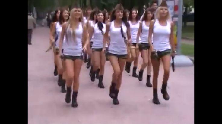길가다 만난 러시아 여군! 러시아 흔한 여군? Beautiful soldiers marching for women in Russia