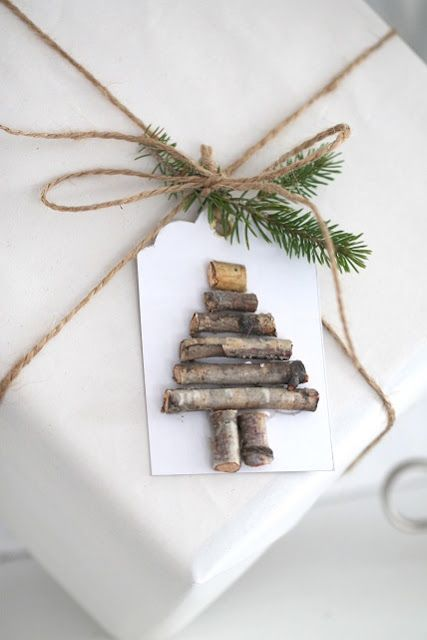Natural Christmas gift wrapping
